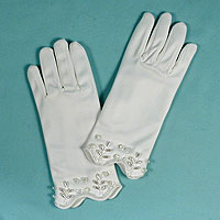 Childrens Matte White Beaded Gloves